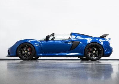Lotus Exige Sport 350 blau Cabrio Seitenansicht