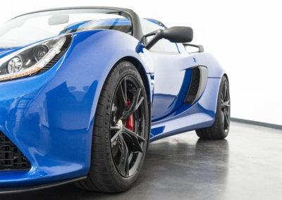 Lotus Exige Sport 350 blau Detail Scheinwerfer
